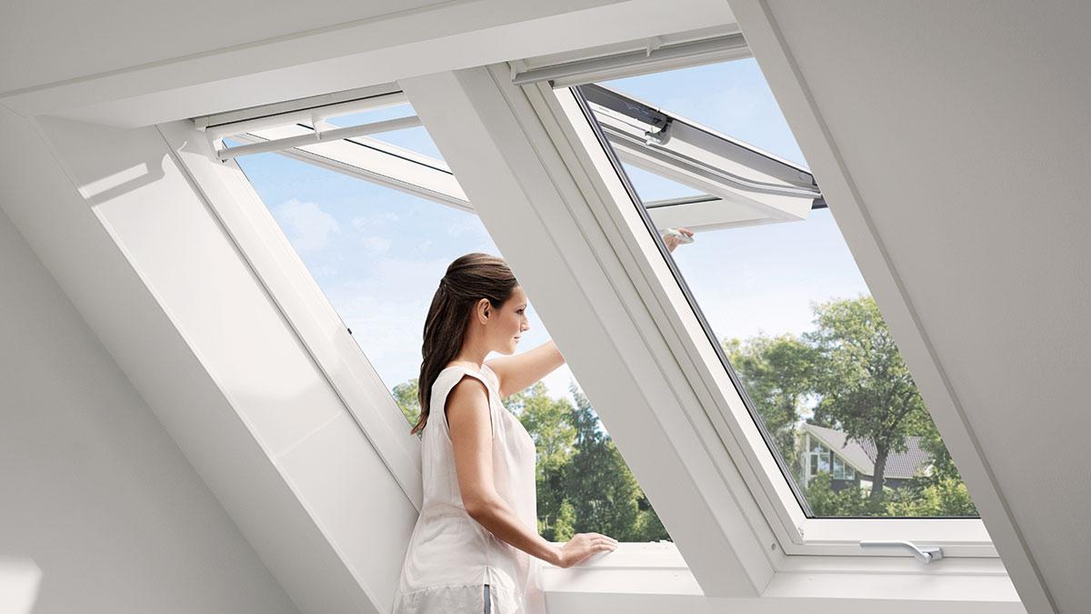 dachfenster velux great haus mbel jalousien velux. Black Bedroom Furniture Sets. Home Design Ideas